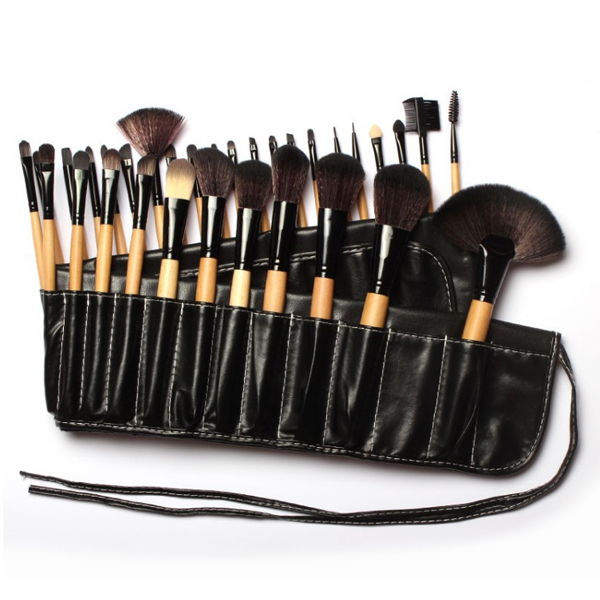 ProductName Makeup brush HairMaterial Synthetic HandleMaterial Plastic Color Pink Package 10Pcs/set with opp bag Payment TT/Paypal/WesternUnion DeliverTime 7-10 daysafterreceivepayment MOQ 50Sets ShippingMethod BySea/ByAir/ByExpress Logo Privatelabelorlogo accepted  Amelie Workshop  Handmade Process Amelie Warehouse