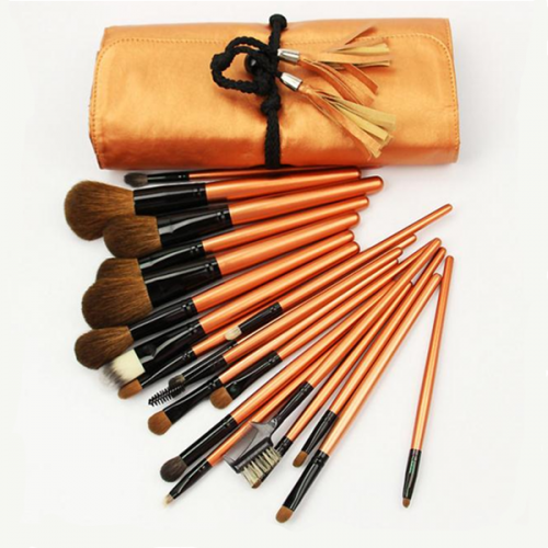 High Quality Custom Logo Wood Synthetic Face Beauty Makeup Brush 20Pcs
